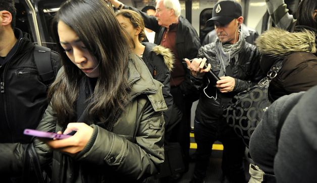 Smartphones in Subway