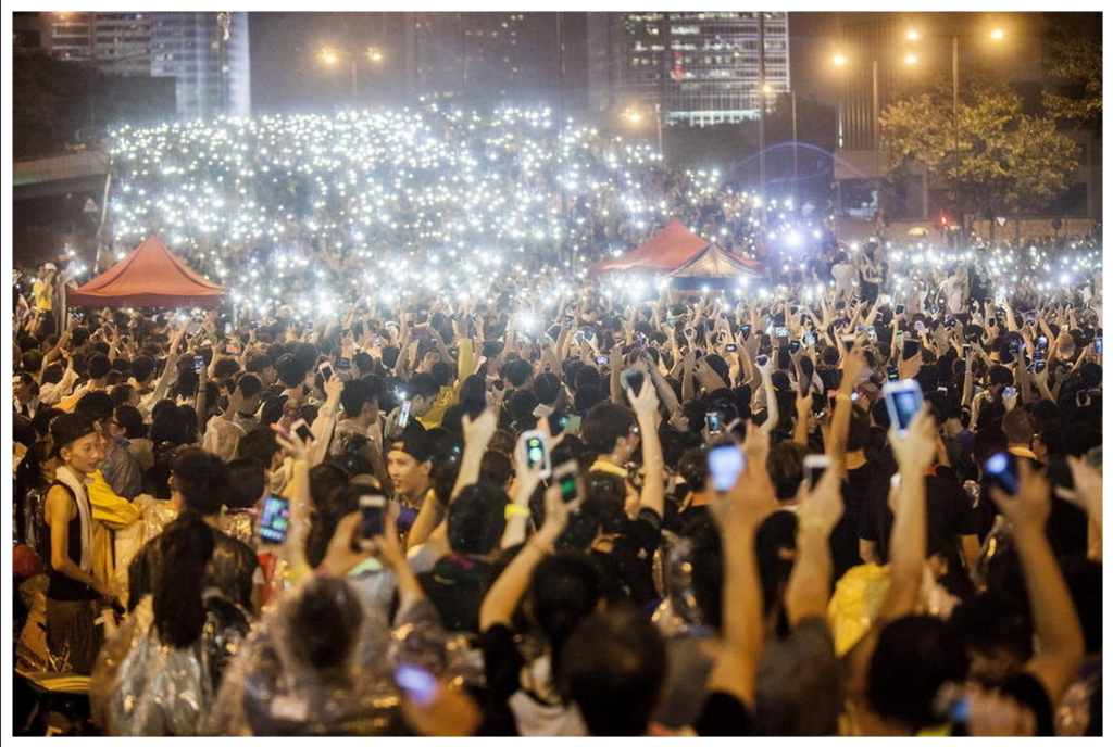 Phones at Occupy Central
