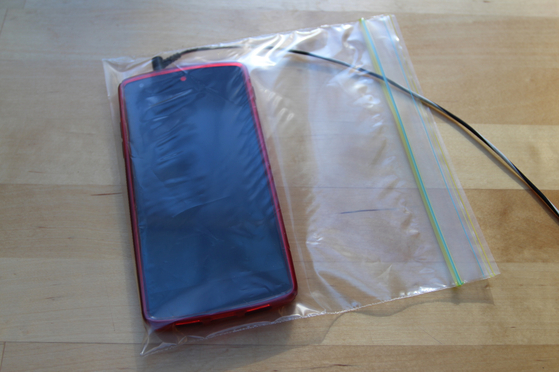 Nexus 5 in Sandwich Bag